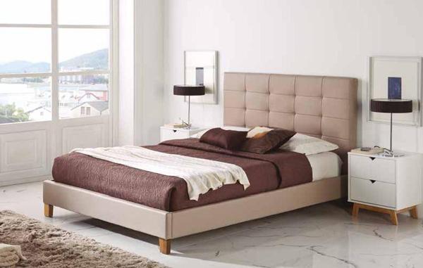 dormitorio de matrimonio con cama y mesitas nrdicas lacado en blanco mate